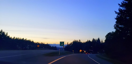 kitsappeninsula silverdale washington theroad earth sunset cloudsstormssunsetssunrises olympicpeninsula olympicmountains galaxys9