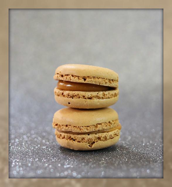 2021: Caramel Macarons