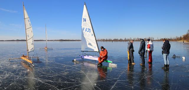 Get Together of ice sailors in Loosdrecht