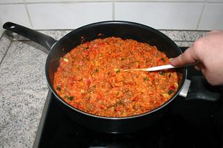 31 - Stir in vegetables / Gemüse verrühren