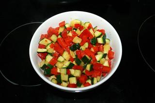 11 - Put vegetables aside / Gemüse bei Seite stellen