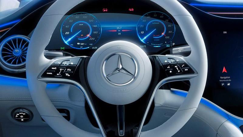 2022-mercedes-benz-eqs-interior (10)