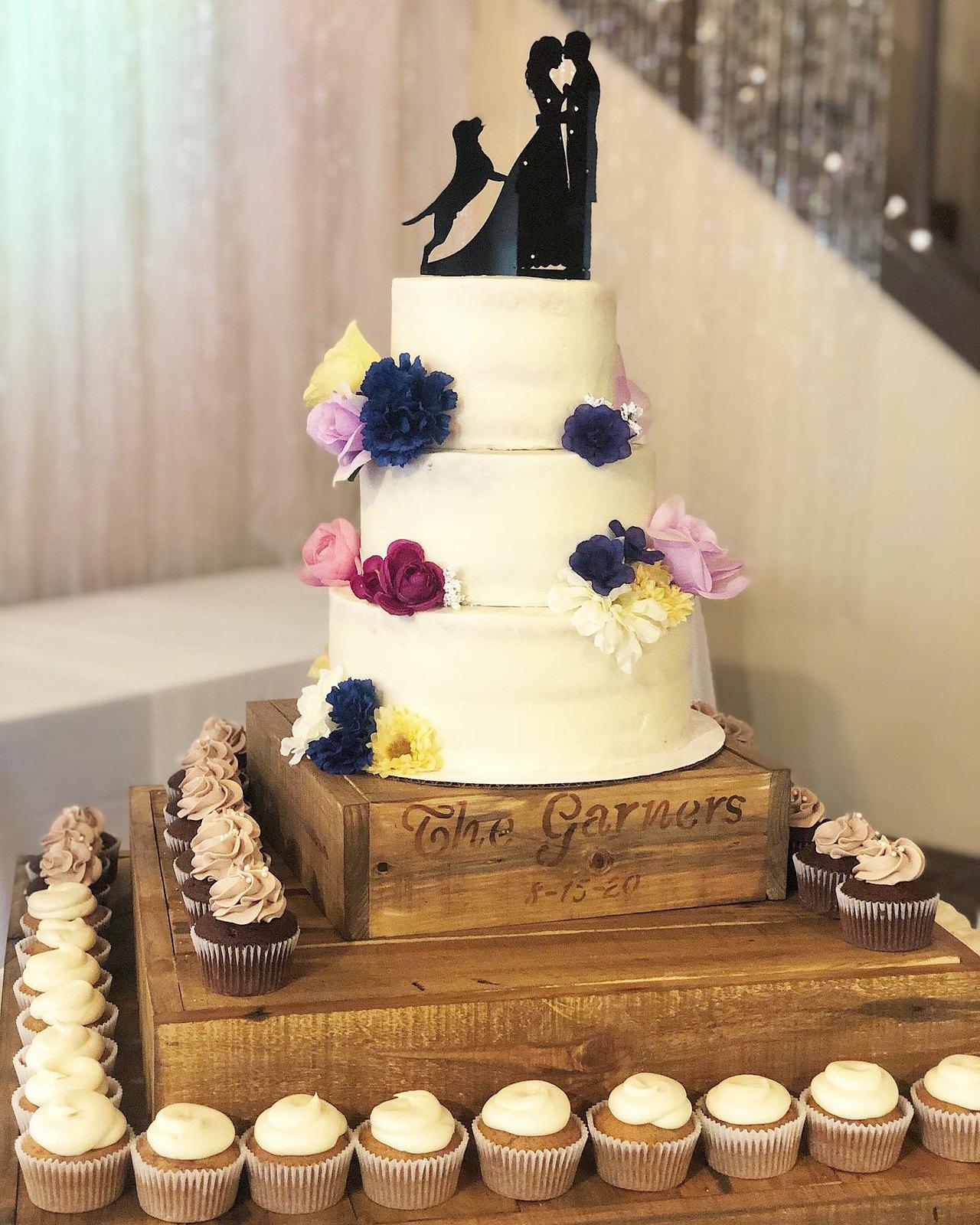Cake by Rachel's little bake shop