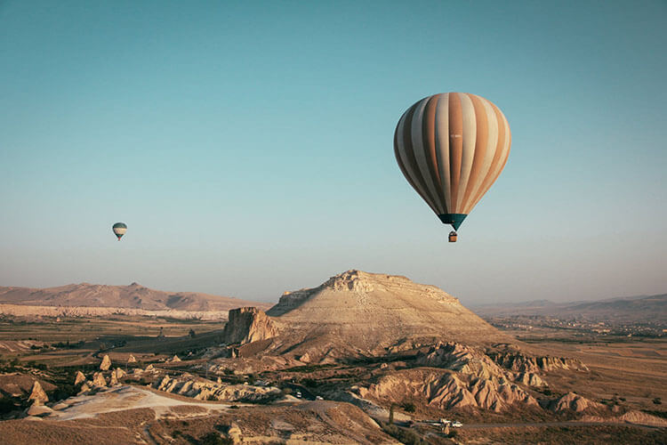 hot air balloon distance record