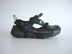 2000 ADIDAS TORSION TREKKING / HIKING SANDALS / SPORT SHOES