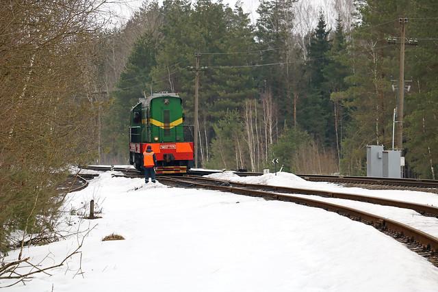 Маневровый тепловоз ЧМЭ3Т-7176 резервом на перегоне Луполово/Заднепровская.