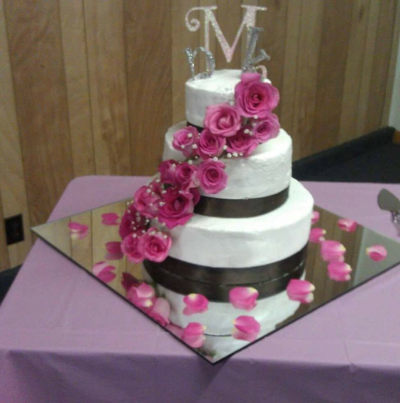 Cake by Sweet Country Creations