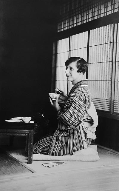 Zoia Harding Klimanek in Japan, ca. 1933