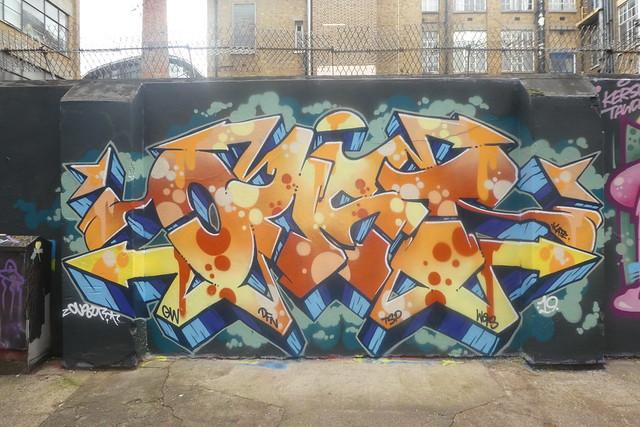 Oust graffiti, Shoreditch