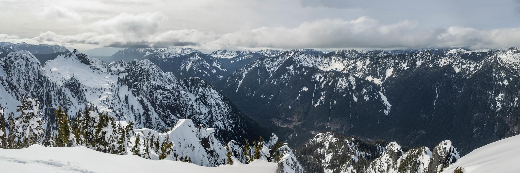 Southwestern panoramic view from Treen Peak summit