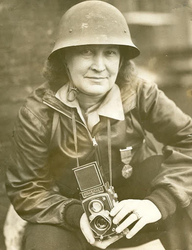 Thérèse Bonney en febrero de 1942
