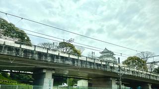 小田原城がかすかに