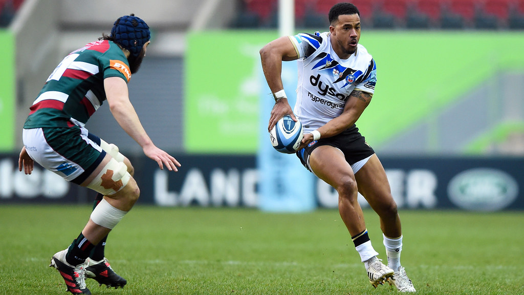 Anthony Watson in action on the pitch