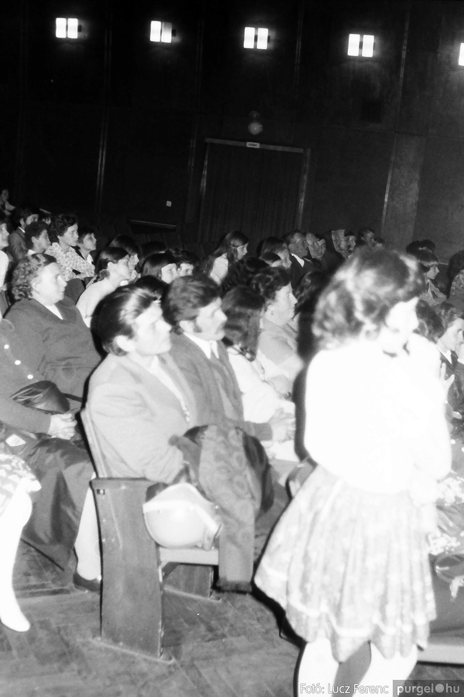 077. 1977. Kulturális seregszemle Mindszenten 010. - Fotó: Lucz Ferenc.jpg