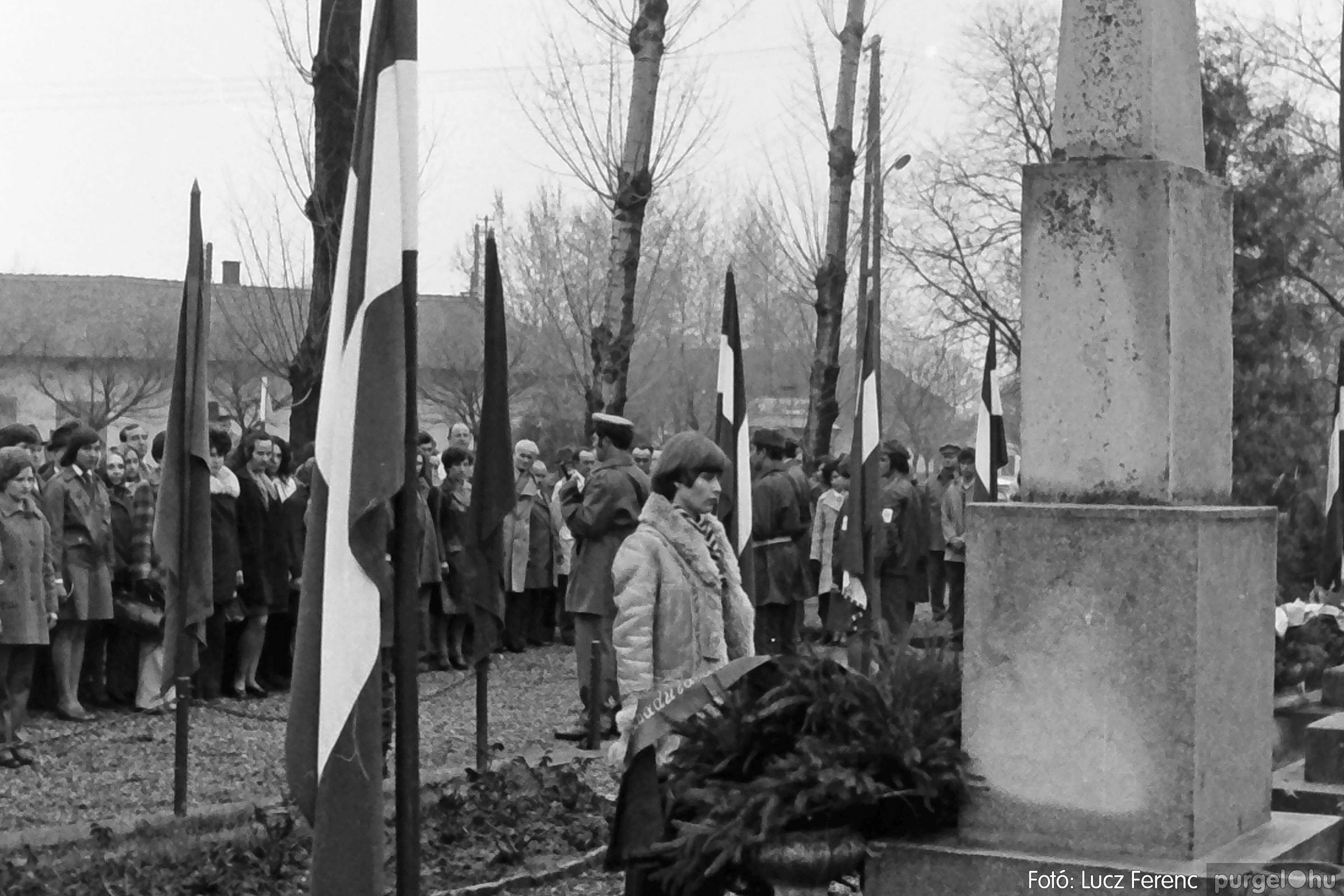 078. 1977.04.04. Április 4-i ünnepség 016. - Fotó: Lucz Ferenc.jpg