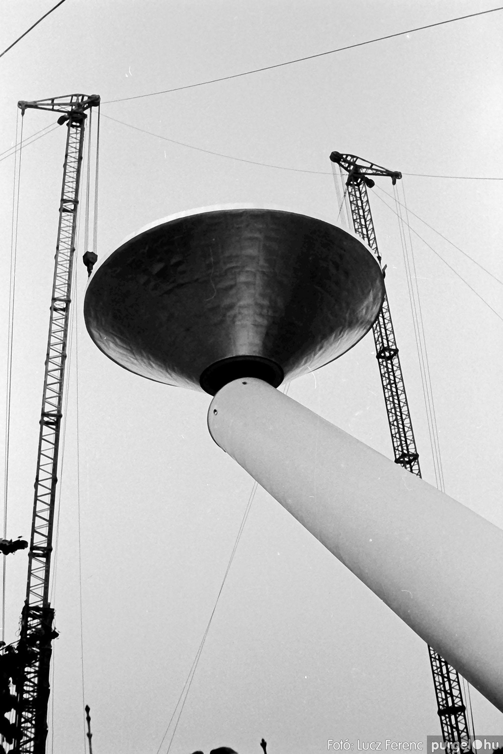 122A. 1978. Épül a víztorony 027. - Fotó: Lucz Ferenc.jpg