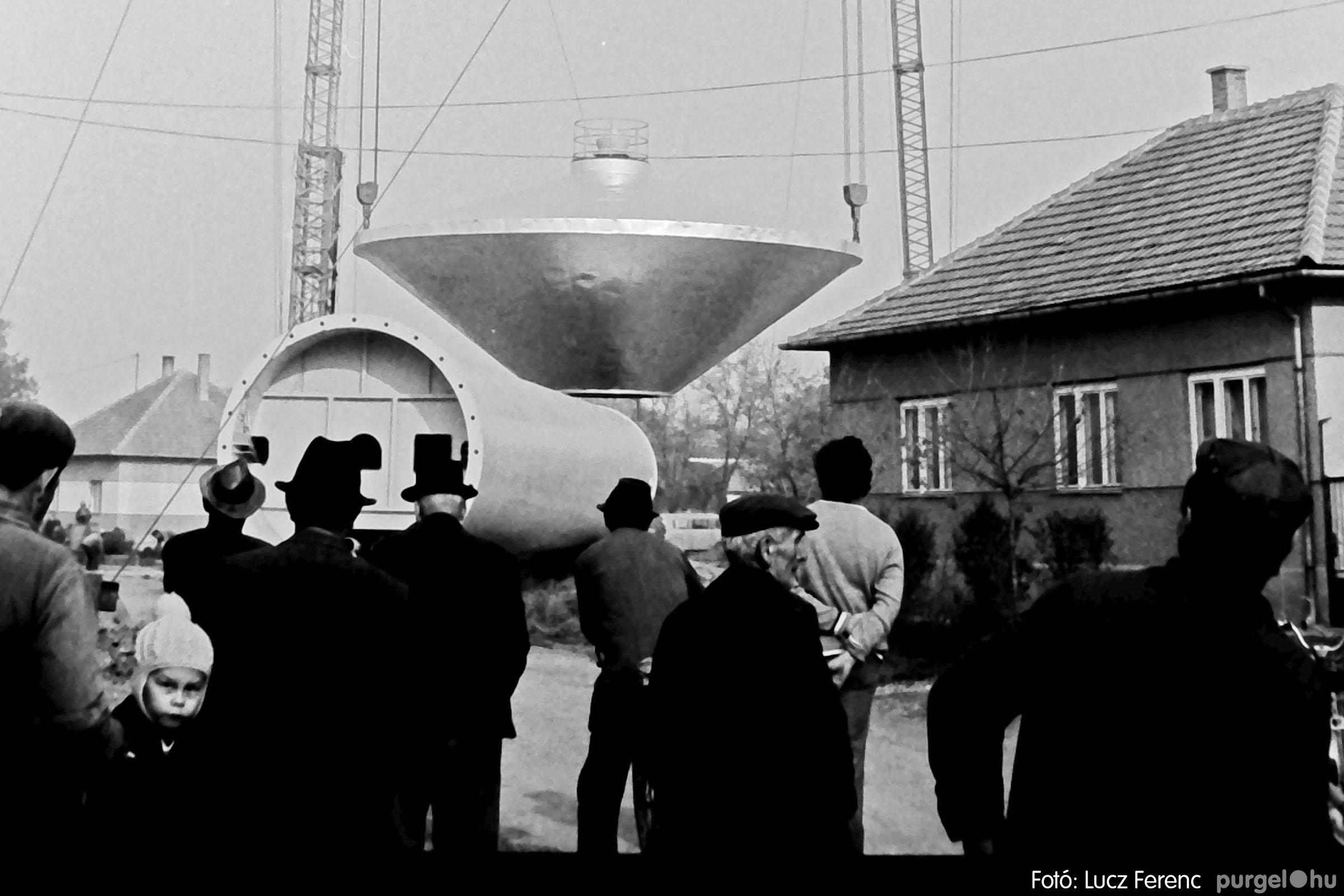 122A. 1978. Épül a víztorony 016. - Fotó: Lucz Ferenc.jpg