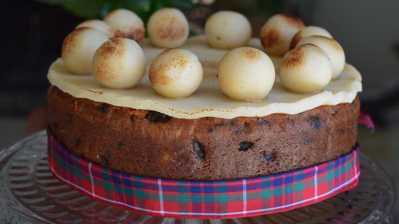 Simnel cake (gâteau de Pâques britannique) 1