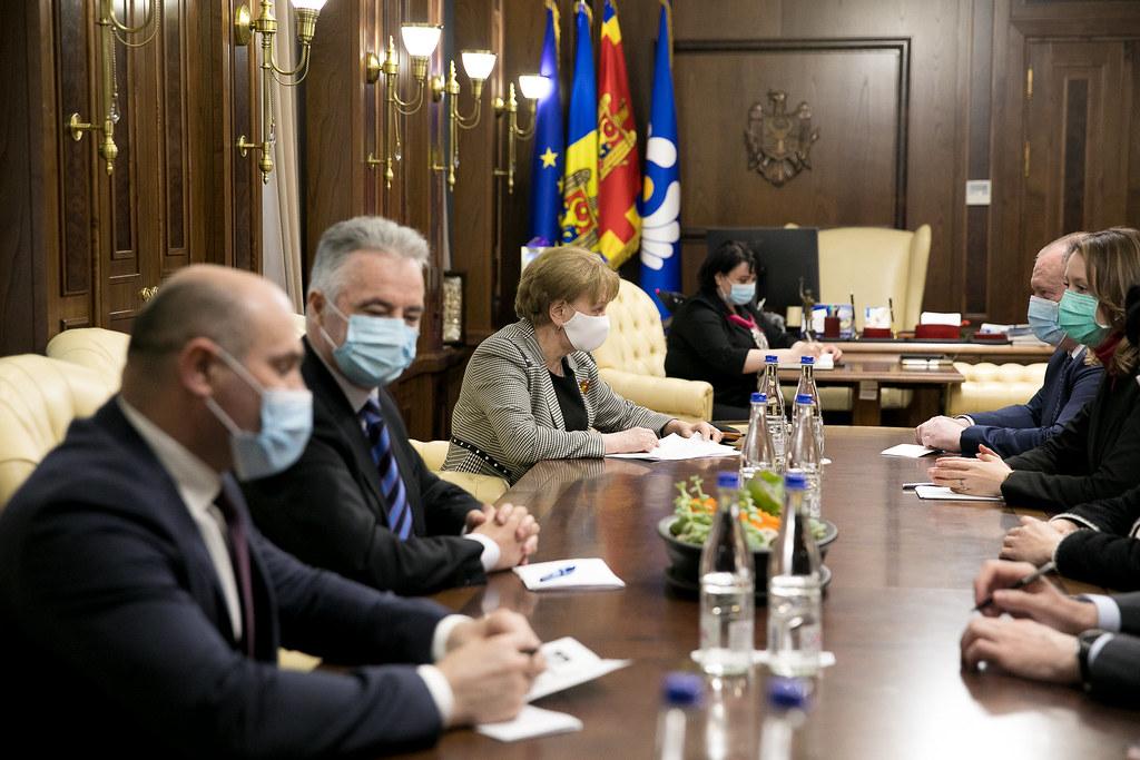 29.03.2021 Speakerul Zinaida Greceanîi a convocat o ședință de lucru cu membrii Guvernului în exercițiu