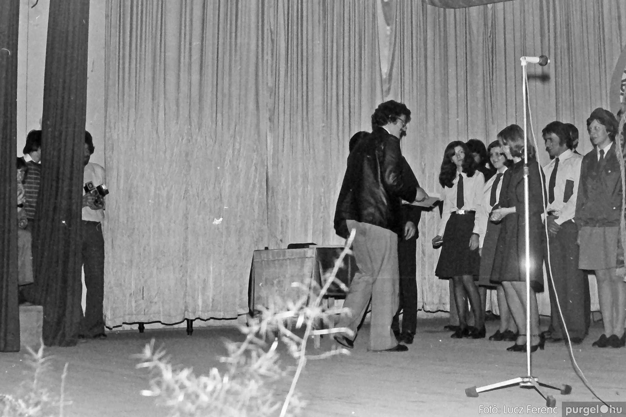 078. 1977.04.04. Április 4-i ünnepség 031. - Fotó: Lucz Ferenc.jpg
