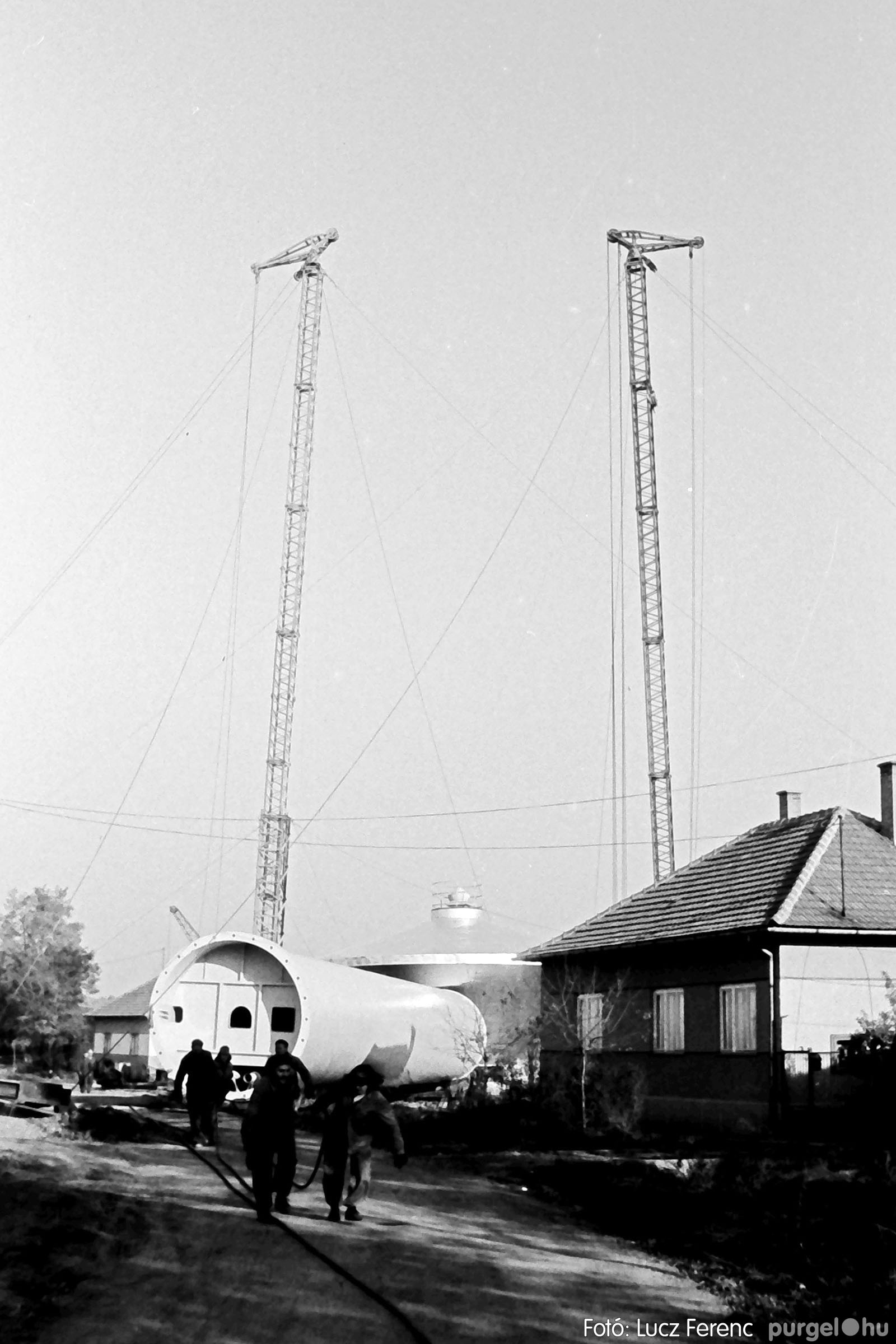122A. 1978. Épül a víztorony 013. - Fotó: Lucz Ferenc.jpg