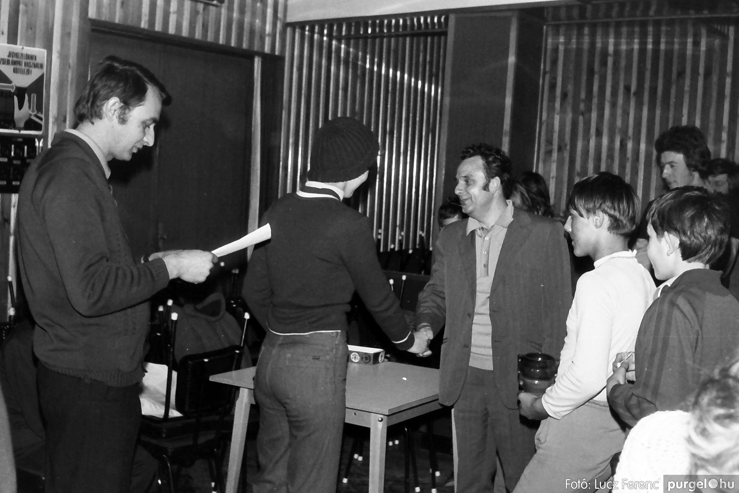 073. 1977. Asztaltenisz verseny 022. - Fotó: Lucz Ferenc.jpg