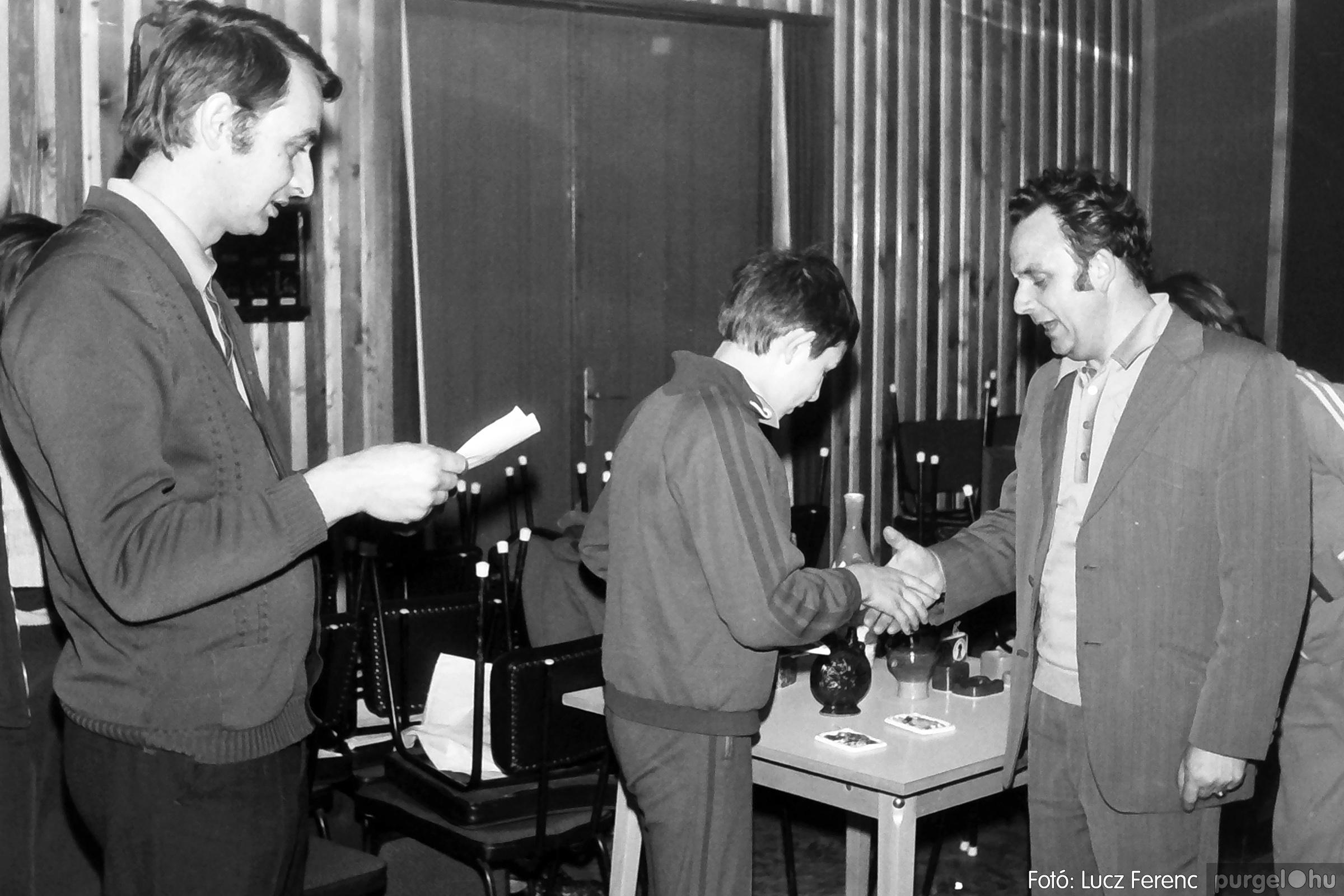 073. 1977. Asztaltenisz verseny 019. - Fotó: Lucz Ferenc.jpg
