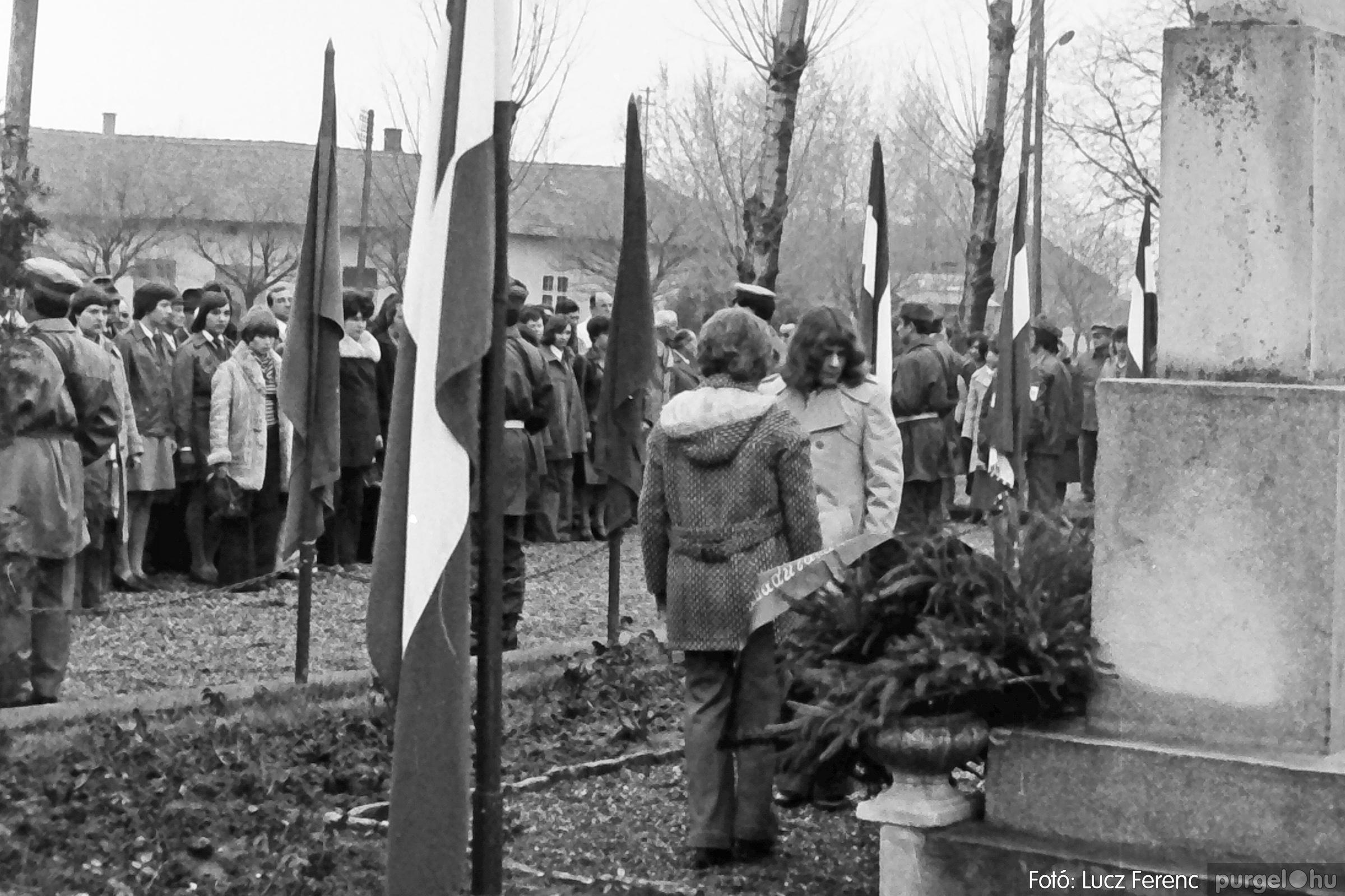 078. 1977.04.04. Április 4-i ünnepség 014. - Fotó: Lucz Ferenc.jpg