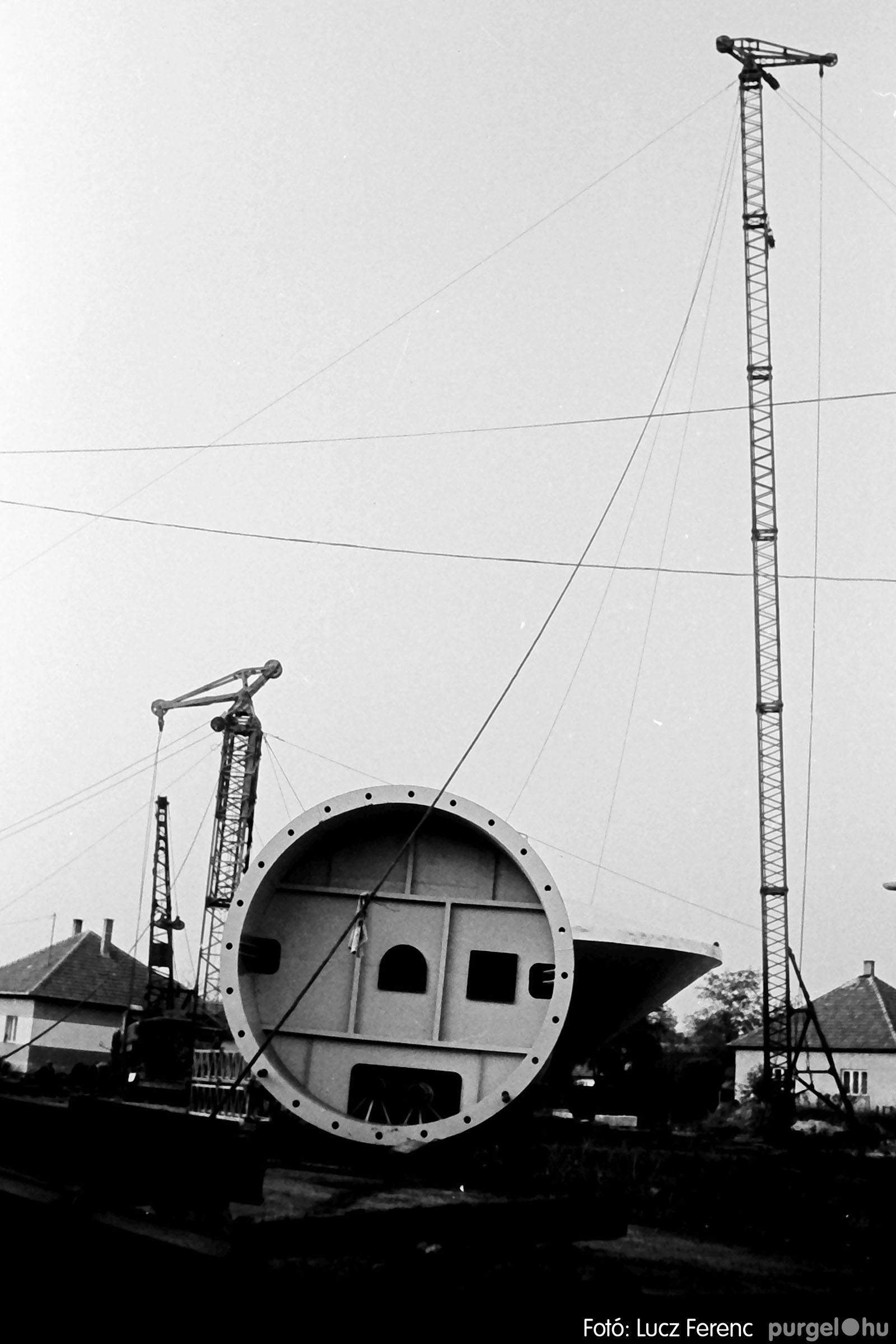122A. 1978. Épül a víztorony 009. - Fotó: Lucz Ferenc.jpg