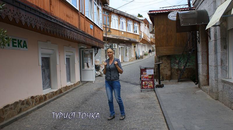 gurzuf-street-4
