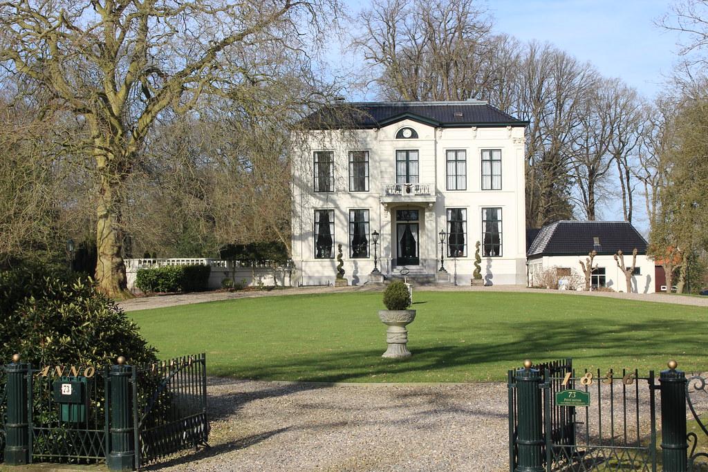 Klein Jagtlust, Oranjewoud   In 1856, the wealthy Leeuwarden…   Flickr