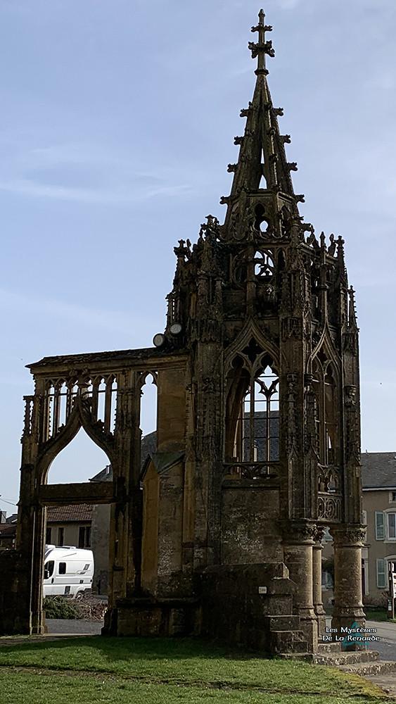 Recevresse de la Basilique d'Avioth - Meuse France
