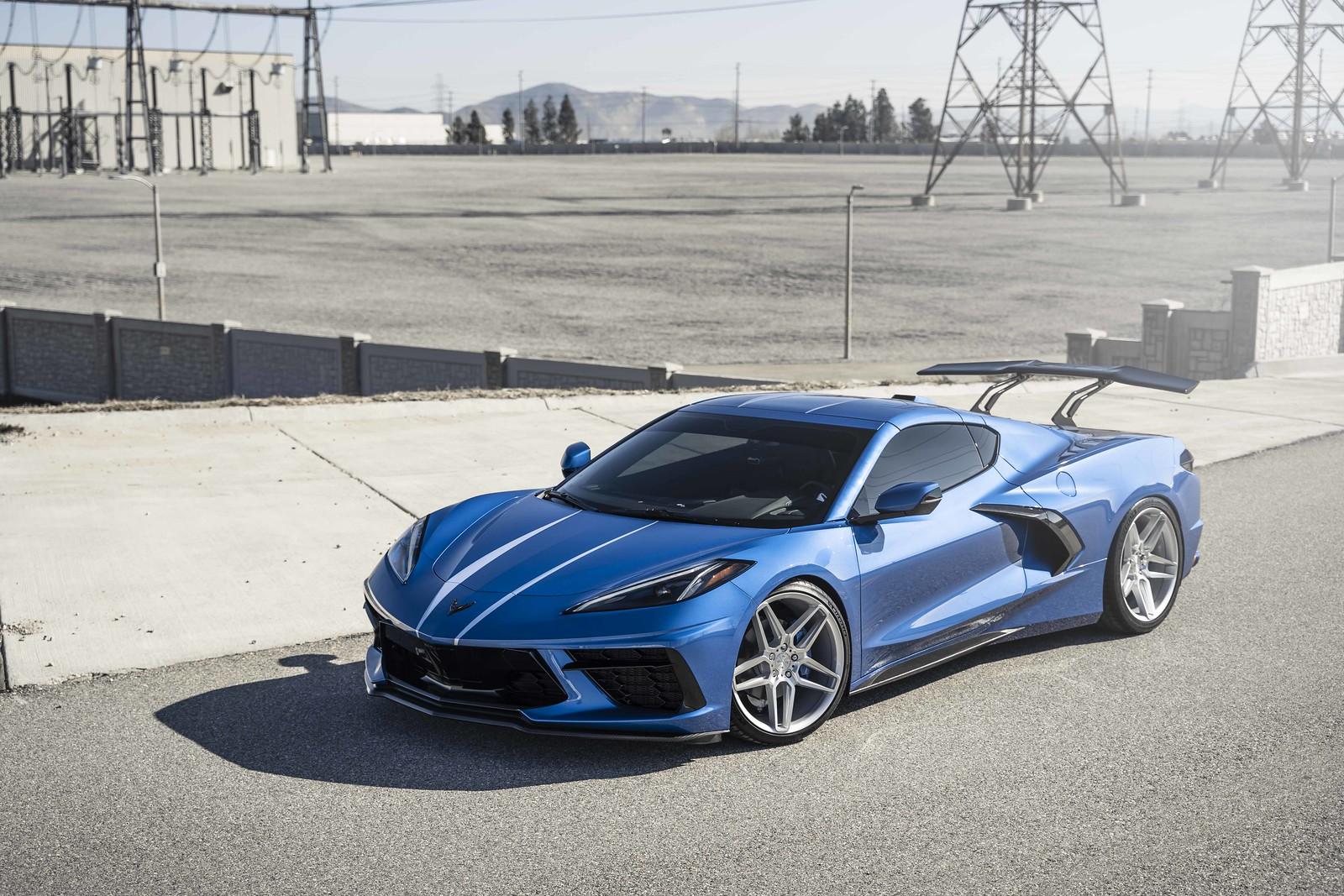 2020_Chevrolet_Corvette_C8_BD17_5_Silver_w-_Machined_Face_-24