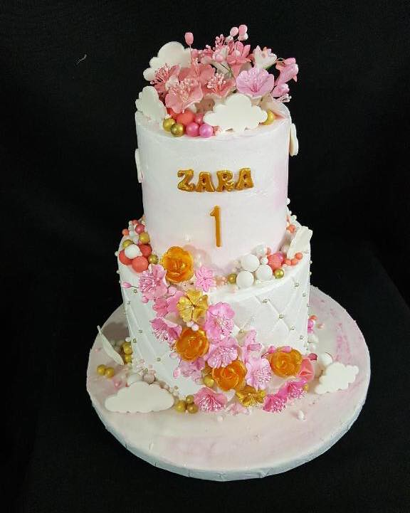 Cake by Grace's Cakes
