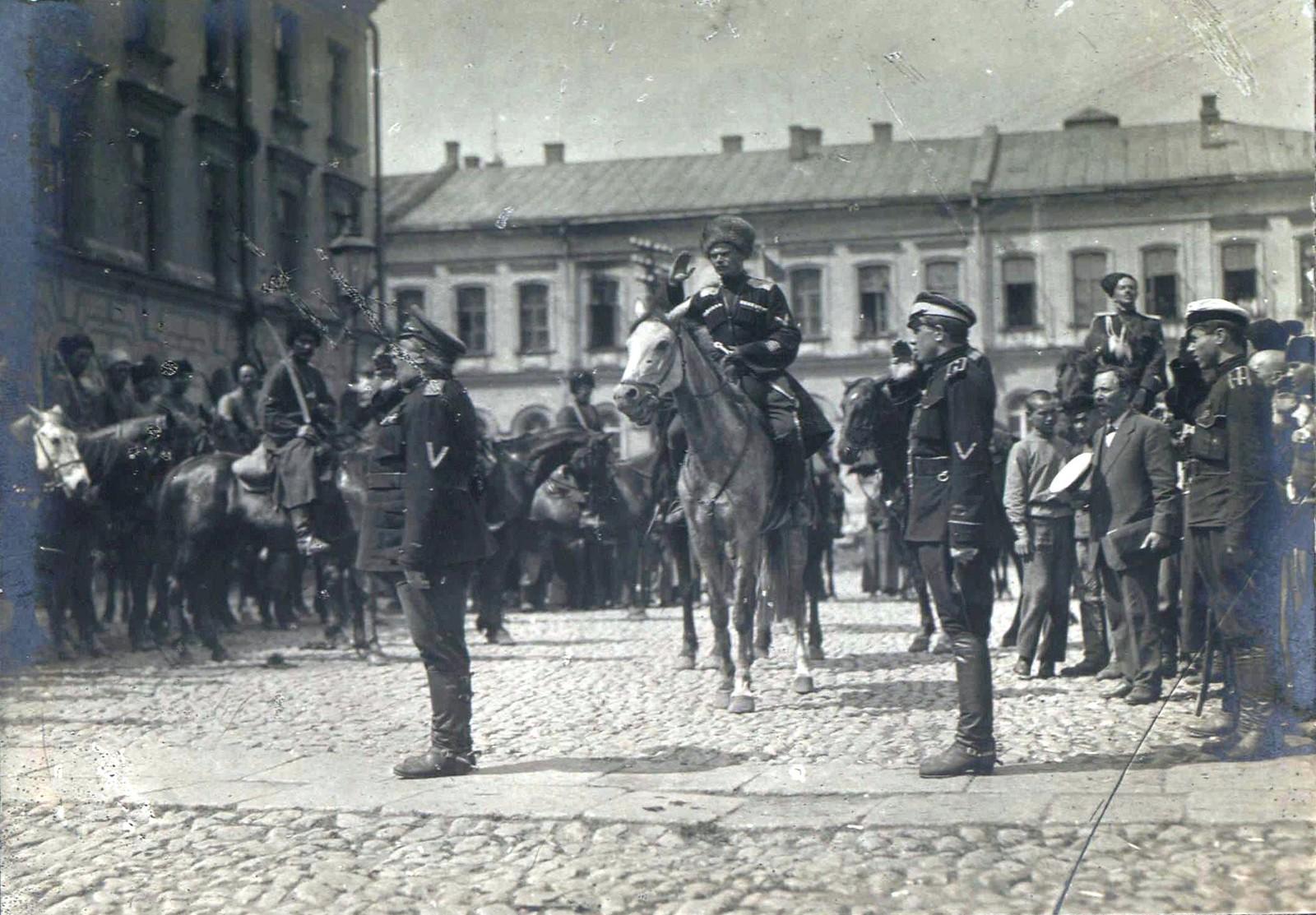 154. 1919. Чествование генерала Кутепова в Харькове