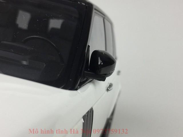 LCD 1 18 Range Rover SV facelift mo hinh o to xe hoi (11)