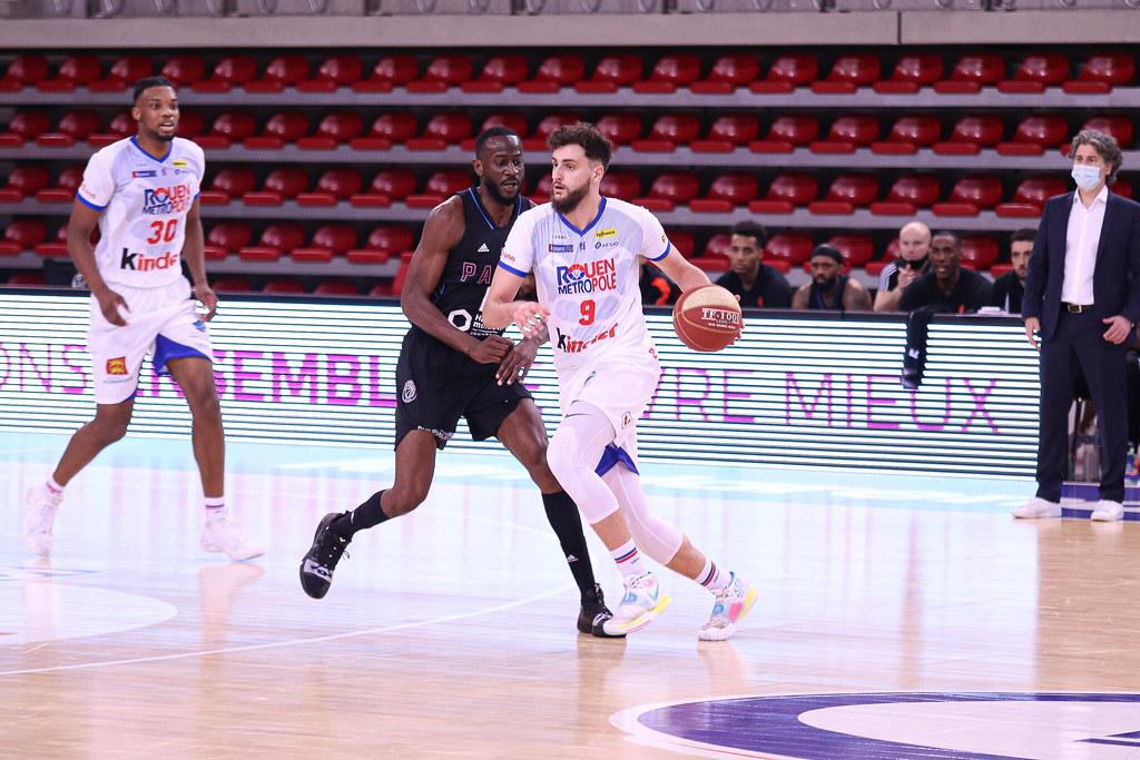 Quentien Ruel face au Paris Basketball (photo : Lilian Bordron)