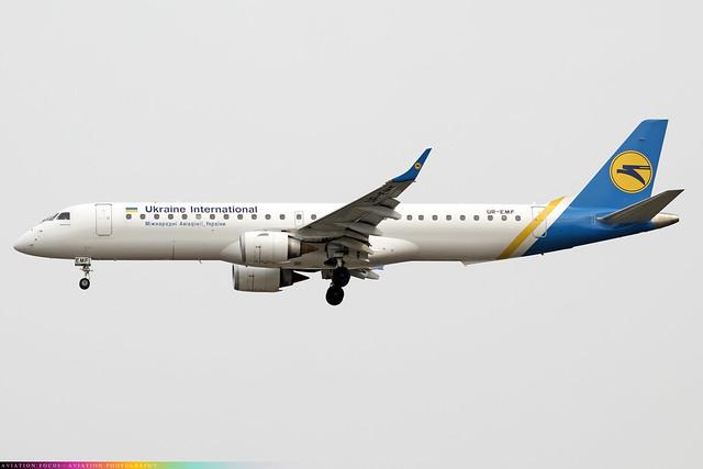 UR-EMF  -  Embraer ERJ-195LR  -  Ukraine International Airlines  -  LHR/EGLL 31/3/21