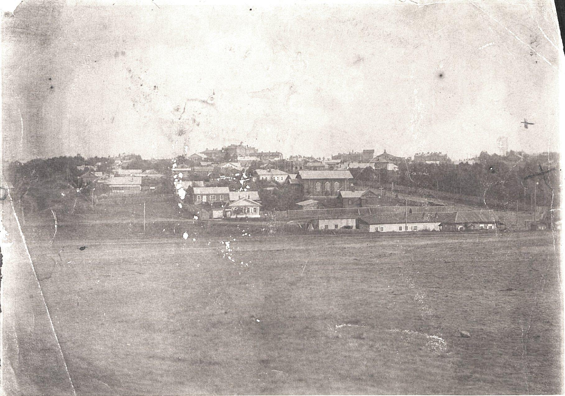 18. Вид на Хабаровск с Военной горки. 1906-1907 гг.