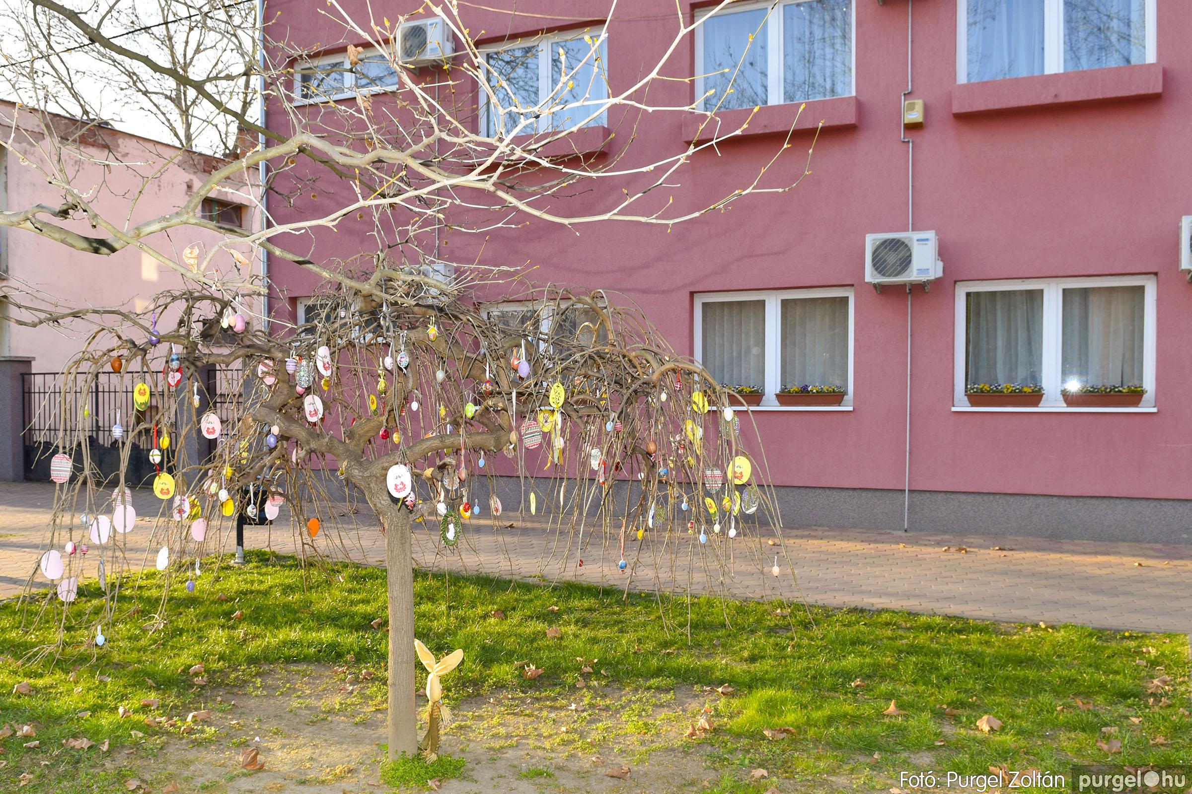 2021.03.31. 007 Szabadság téri tojásfák - Fotó:PURGEL ZOLTÁN© _DSC3986q.jpg