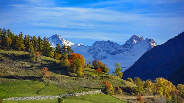 Paesaggio alpino in autunno
