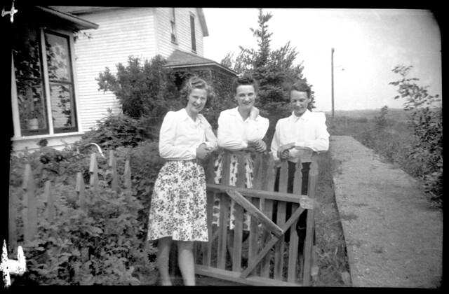Aileen, Connie, & Mollie 1941