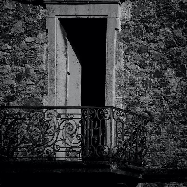 Sous ton balcon...