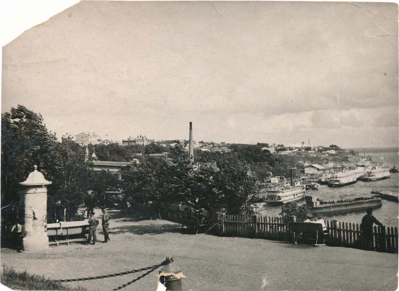 11. Городской сад. 1916
