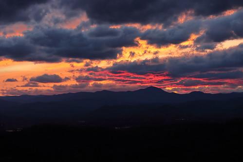 sunset westernnorthcarolina pisgahridge spring canoneosm6mkii canonefm18150