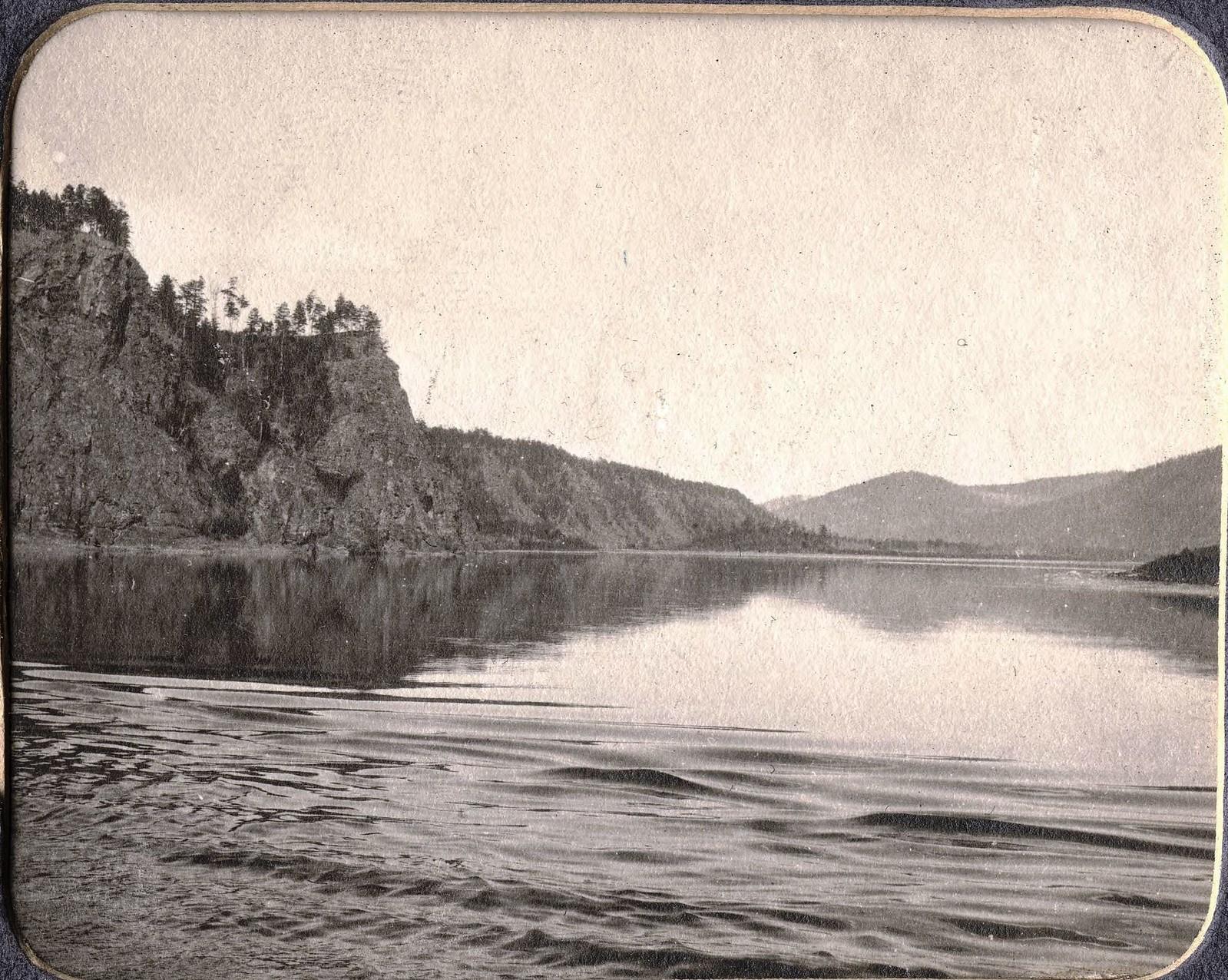 Вид реки Зеи выше реки Инорогды