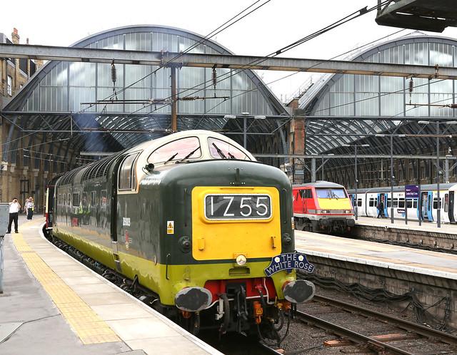 D9009 at Kings Cross, 7.7.15