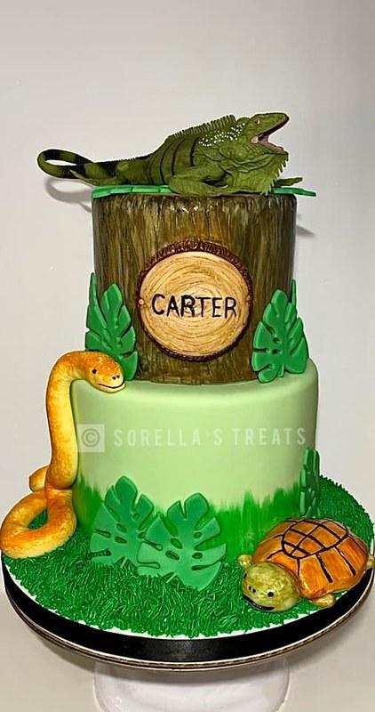 Cake by Sorella's Treats