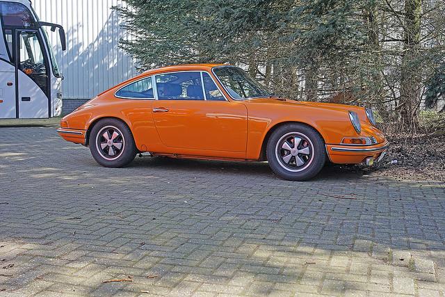Porsche (911 or 912)