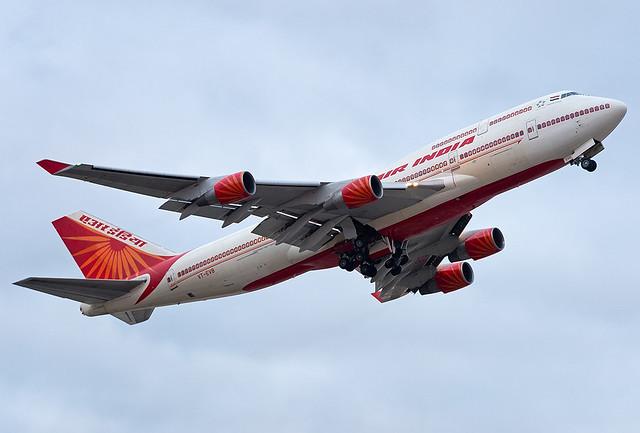 VT-EVB Air India Boeing 747-437